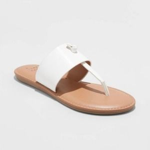 A New Day Women's Amelia White Thong Sandals 10